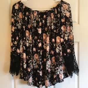 flowered off shoulder top w/lace sleeves